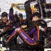 Hamlin Dusts Field, Cleans Up At Darlington