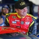 Bowyer Hopes The Frontrunners Will Stumble