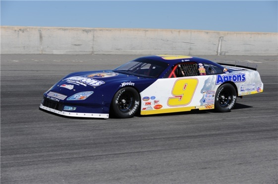 Chase Elliott, son of Cup great Bill Elliott, competes for first time in a Late Model.