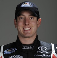Kyle Busch wins Texas Nationwide pole.