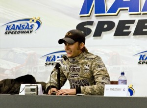 Dan Wheldon has long relationship with the National Guard. (RacinToday file photo by Tony Bush)