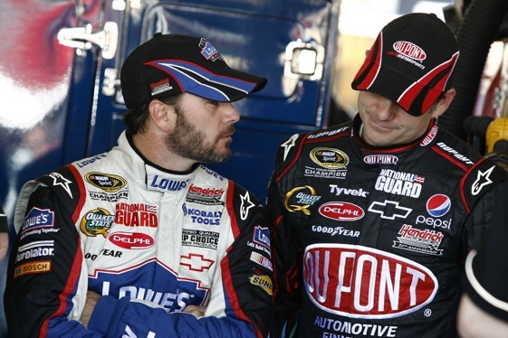 Jimmie Johnson credits teammate Jeff Gordon for making a back-to-back-to-back winner in Phoenix. (RacinToday photo by David Vaughn)