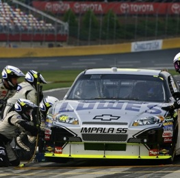 Jimmie Johnson's crew goes to work during qualifying for Saturday's Sprint All-Star Race. (RacinToday photo by David Vaughn)