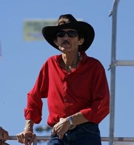 Richard Petty surveys his kingdom. (RacinToday photo by David Vaughn)