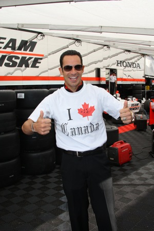 Castroneves sported a special T-shirt made just for this weekend. (IndyCar photo by Shawn Payne)