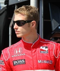 Ryan Briscoe wins pole at Chicagoland.