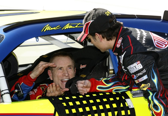 Communication breakdowns are few in number for those who, like Mark Martin and Jeff Gordon, race for Rick Hendrick.  (Photo by Geoff Burke/Getty Images for NASCAR)