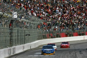 Kurt Busch finishes just ahead of Matt Kenseth in the Sprint Cup race at Atlanta in 2007. (File photo by Chris Trotman/Getty Images for NASCAR)