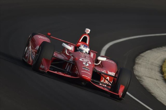 Scott Dixon ruled a bizarre 2015 Pole Day at Indianapolis Motor Speedway on Sunday.