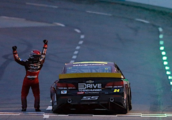A fifth championship for Jeff Gordon would make a lot of race fans quite happy. (RacinToday/HHP file photo by Andrew Coppley)