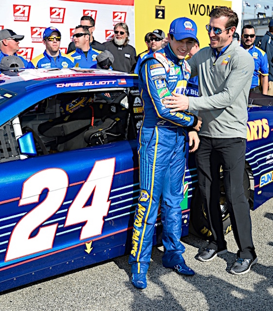 Chase Elliott is welcomed to to the big time by his Hendrick Motorsports Sprint Cup crew chief, Alan Gustafson. (RacinToday/HHP photo by David Tulis)