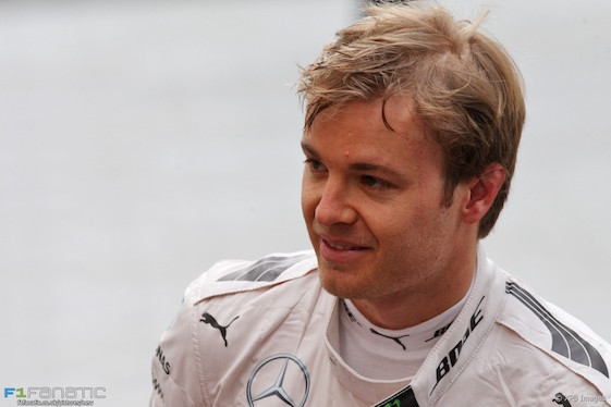 Nico Rosberg started the F1 season finale with a 12-point lead over his Mercedes teammate.