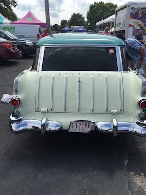 The tailgate of Bobby Coln's 1955 Pontiac Safari station wagon bears a striking resemblance to its more popular GM corporate cousin, the '55 Chevrolet Nomad.