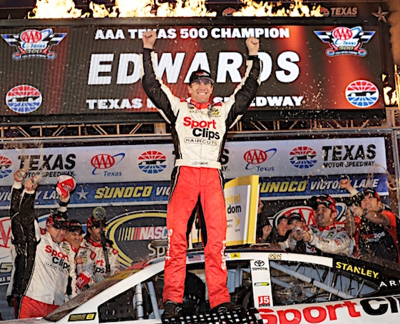 Carl Edwards, who began the weekend last in Chase points, won Sunday's rain-plagued Sprint Cup Series race in Texas and in doing so, advanced the the playoff finals. (RacinToday/HHP photo by Harold Hinson)