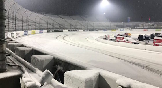Snow forces NASCAR to postpone races at Martinsville until Monday