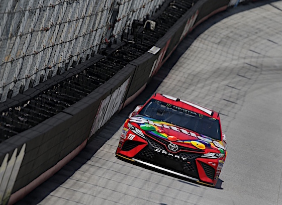 David Ragan posts fastest lap in final Cup practice; Kurt Busch crashes