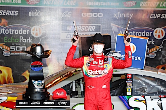 Kyle Busch wins rain-delayed NASCAR playoff race in Texas